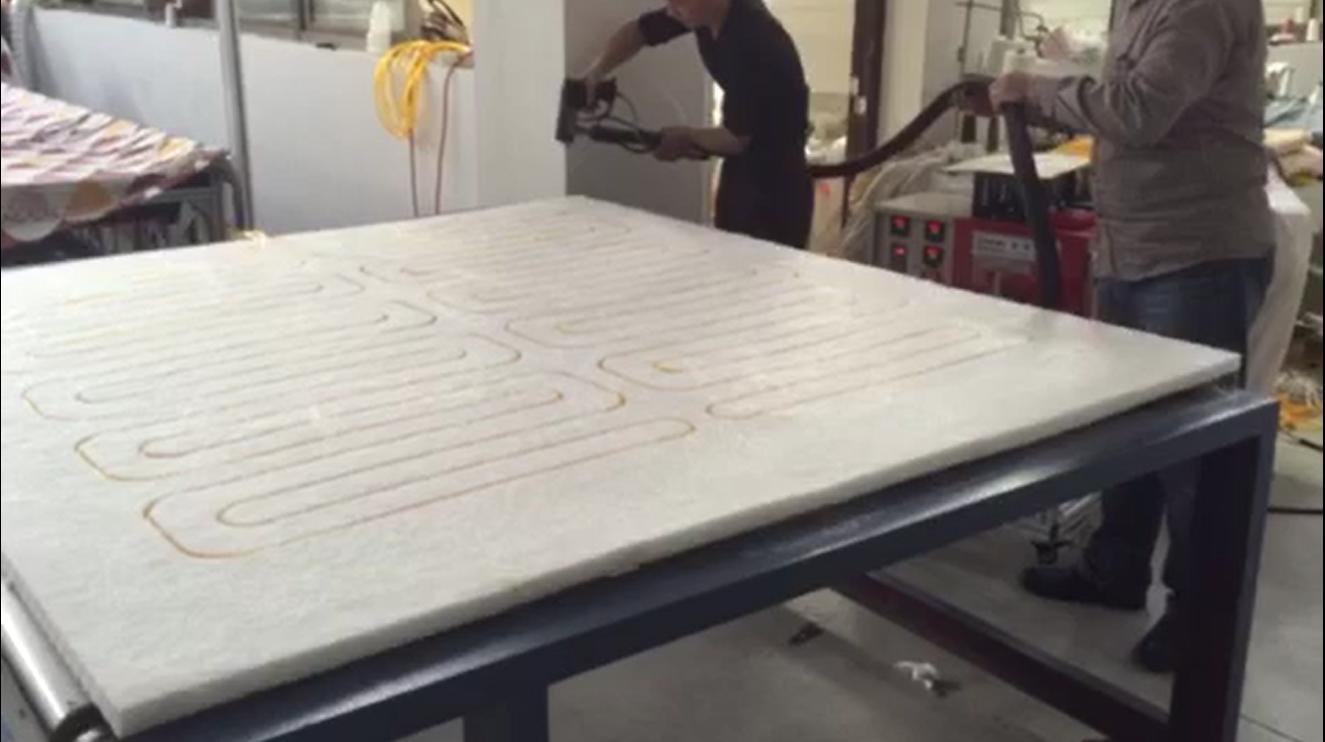 床垫热熔胶喷涂应用